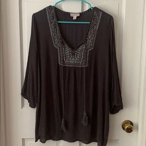 Grey 3/4 sleeve boho top